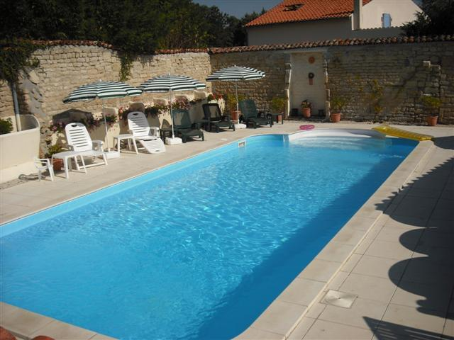 10m x 4.5 Swimming Pool