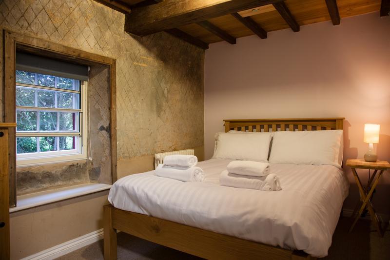 La deuxième chambre double. Les travaux de plâtre étanche sont d'intérêt historique.