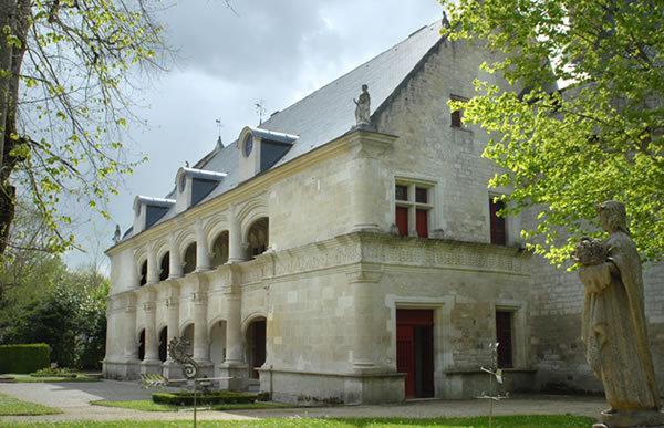 Dampierre Chateaux