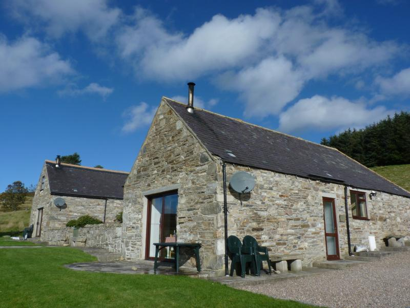 Glenlivet at Bluefolds on the right of the photo has a large lounge/dining room and panoramic views