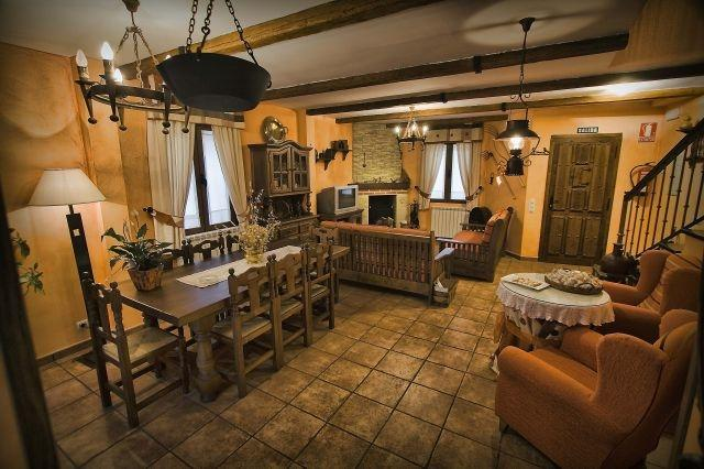 EL HERRERO DE POLLOS, holiday rental in Castronuno