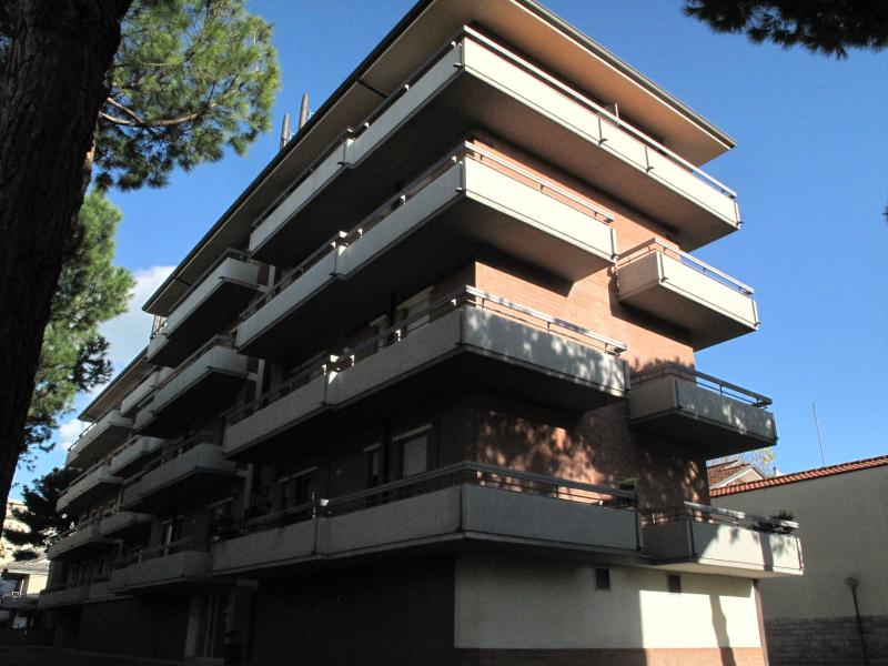 Residence Holiday - Parcheggio