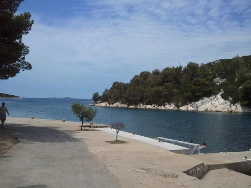 Apartment by the sea, for 2-4, vacation rental in Tribunj