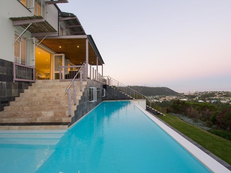 Holiday Villa in Plettenberg Bay, holiday rental in Harkerville