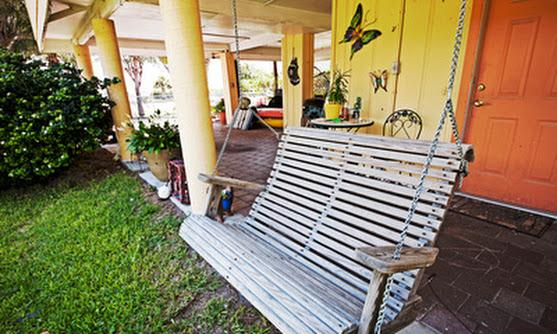 front porch/swing