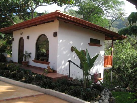 Tranquil Casita  with jungle views, holiday rental in Province of Alajuela