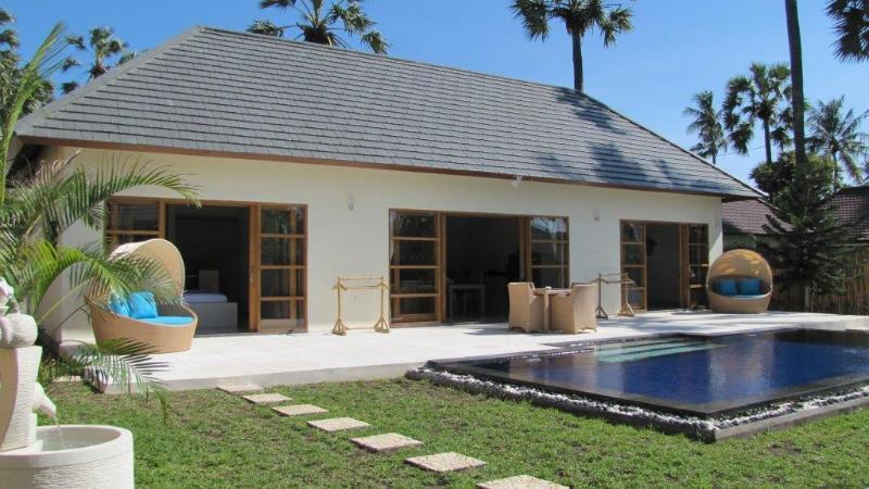 Villa Santai 2 bedroom villa with private pool Brand new construction, holiday rental in Kubu