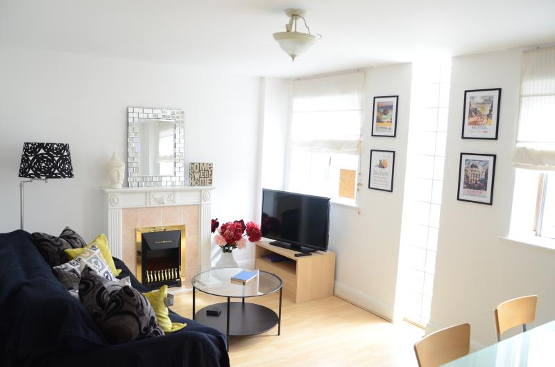 Notting Hill - Hyde Park - Central with Parking !, vacation rental in London