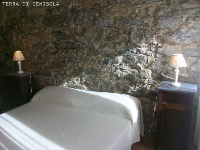 TERRA DI CENISOLA ORIZZONTE, location de vacances à Calice al Cornoviglio