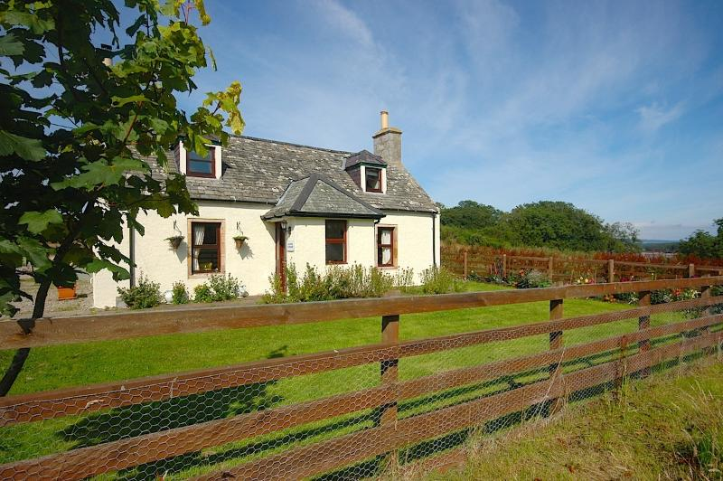 Beautifully refurbished, Grieves Cottage stands amid the historic former township of Skelbo