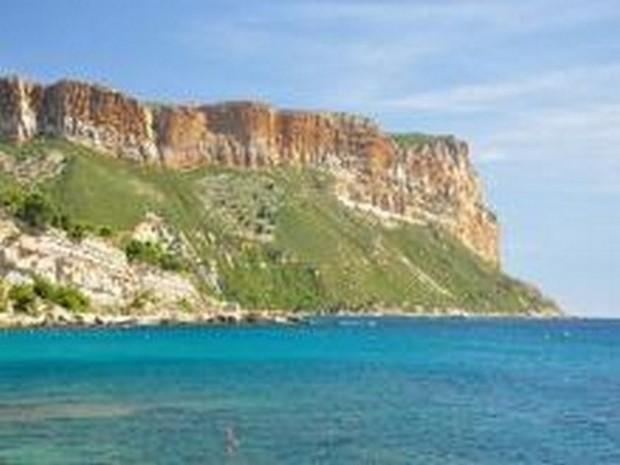Cap Canaille in Cassis the highest cliff in Europe