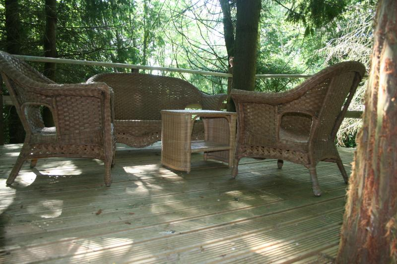 Or the perfect spot to read a book, enjoy a glass of wine or just to sit and think up in the trees