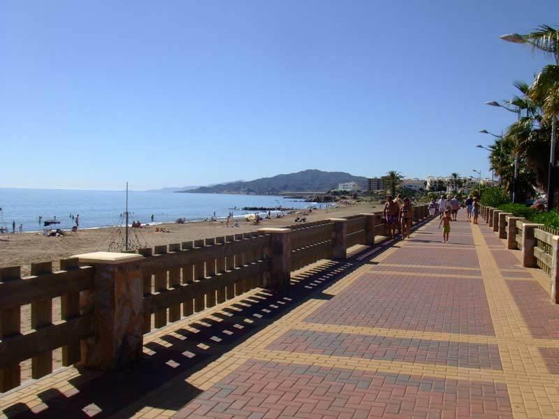 The promenade at San Juan de los Terreros