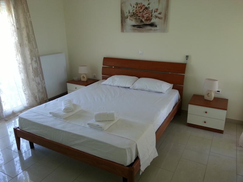 Villa Amphitrite, vacation rental in Gennadi