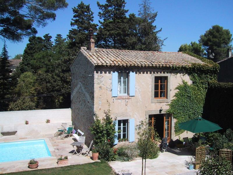 Delightful and romantic French Country cottage with sunny pool. Perfect for couples and families.