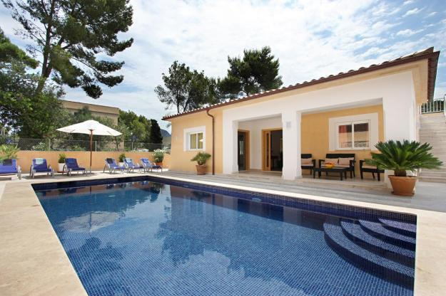 Pollensa holiday villa 276, vacation rental in Cala San Vincente