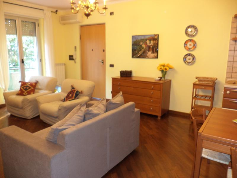 Case Vacanza 'Il Corso', holiday rental in Jenne