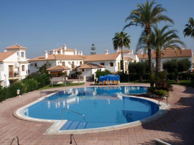 Apartamento de 1 habitacion en Vera Playa, holiday rental in Vera