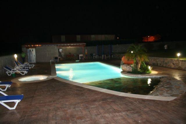 Apartamento con piscina y jacu, vacation rental in Sanxenxo
