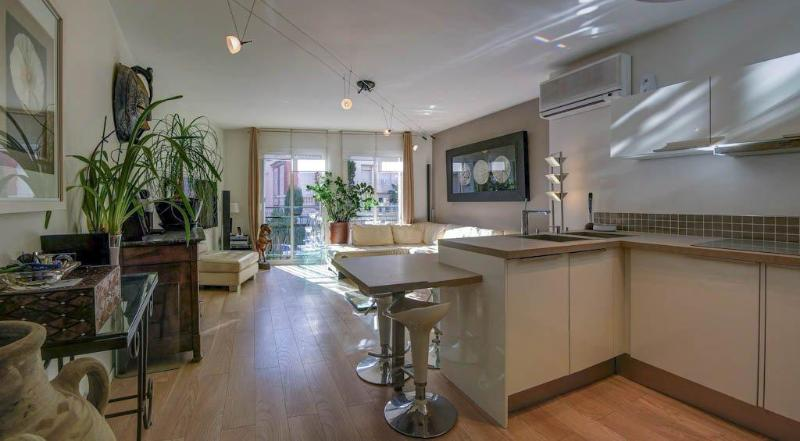 Living room , kitchen