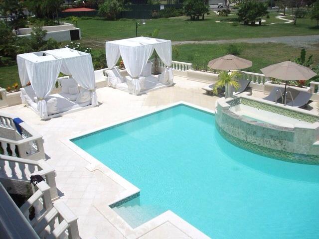 7bedroom villa piscina