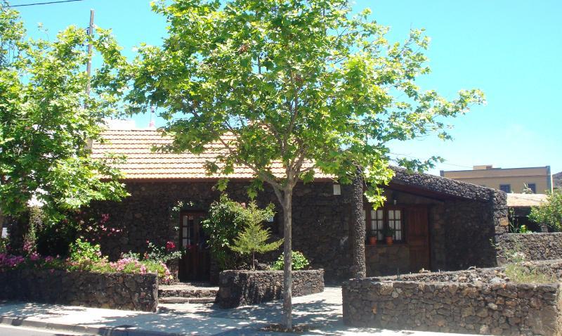 Casa Rural Aborigen Bimbache, Ferienwohnung in El Hierro