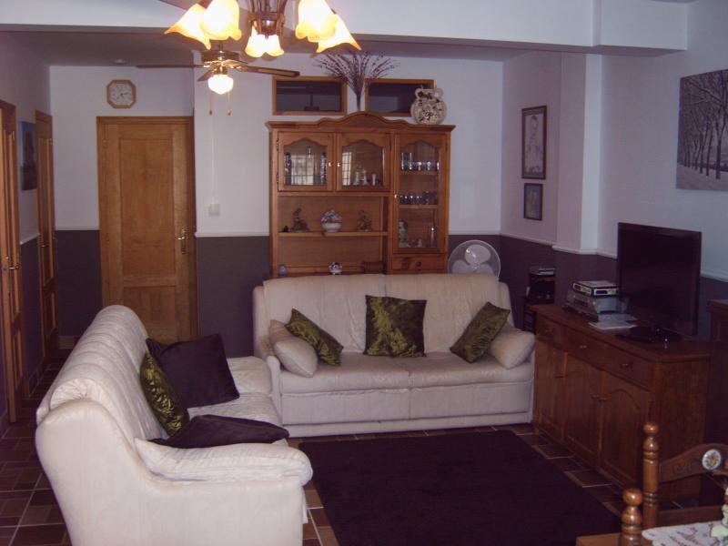 Open plan lounge Both sofas go to sofa beds