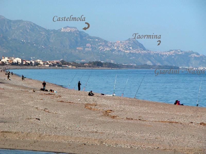 Spiaggia Fondachello