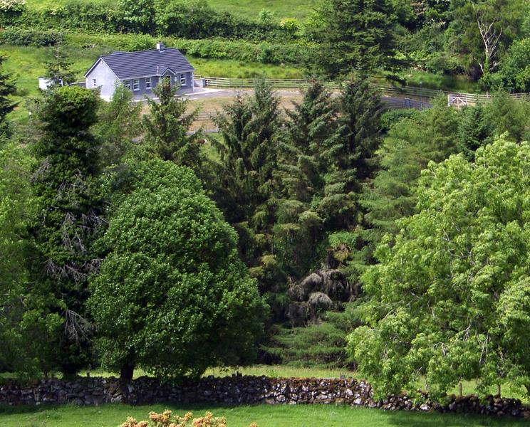 Hazelwood Self Catering, holiday rental in Glenariffe
