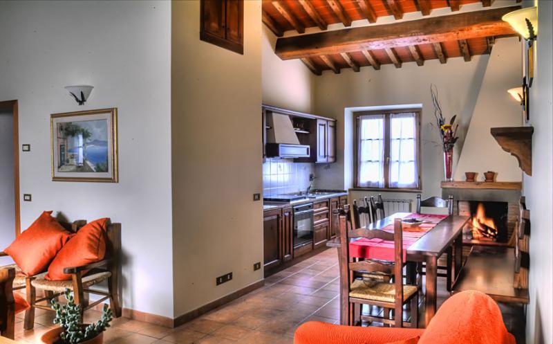 BUCCIA NERA trilo2, holiday rental in Tregozzano