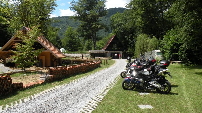 MOTOLUX Motorbike camping, holiday rental in Ljubija