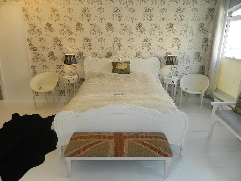 Kingsize cama estilo Louis XV