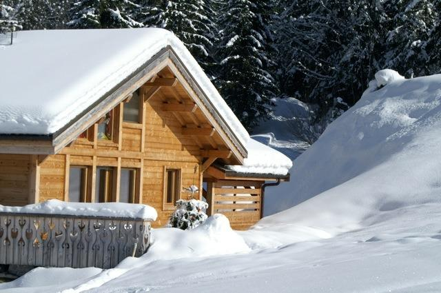 Chalet Clovis Exterior - ski back to here!