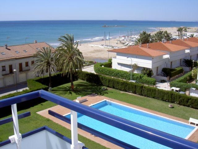 Apartamento de 70 m2 + 2 terra, location de vacances à Altafulla