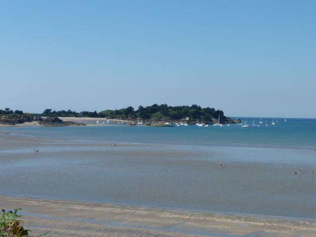 Nearby beach at St Jacut - about 15 minutes drive