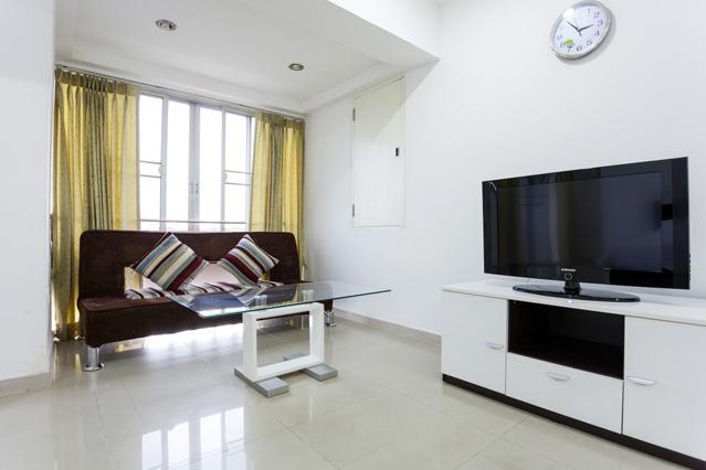 DELUXE 1 BR - Bedroom
