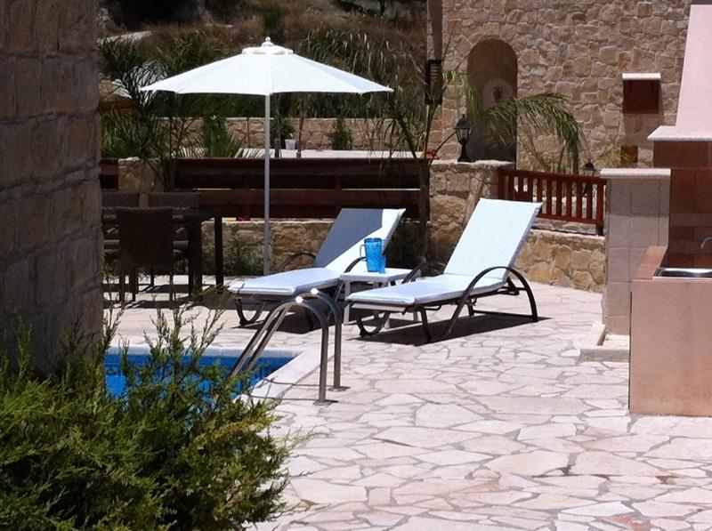Orange Stone Villa, vacation rental in Stroumbi