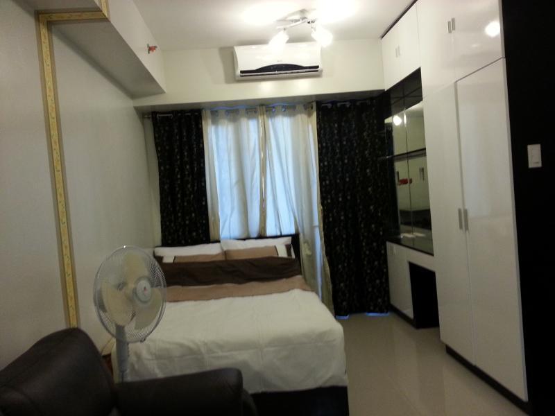 A comfortable studio unit