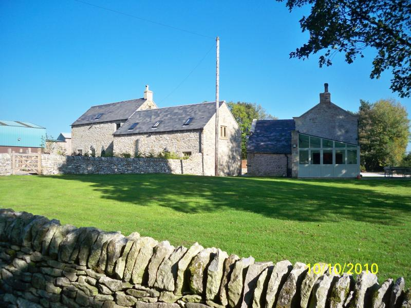 Brosterfield Farm cottages