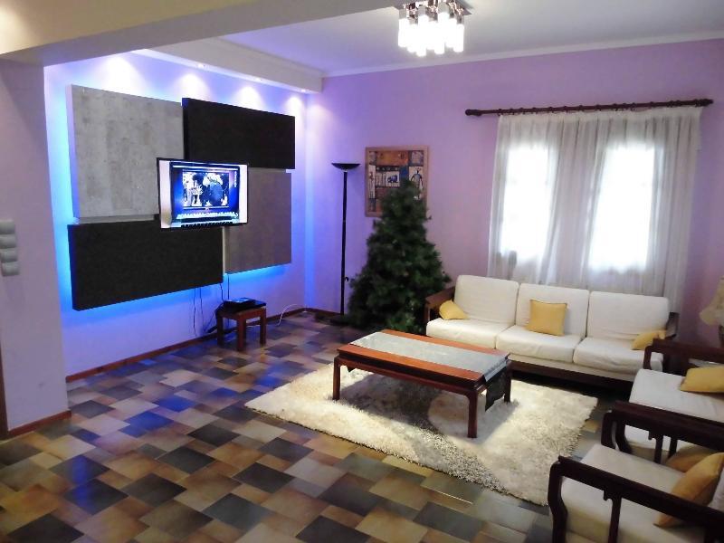 Villa Evangelia Luxury Apartment, holiday rental in Sithonia
