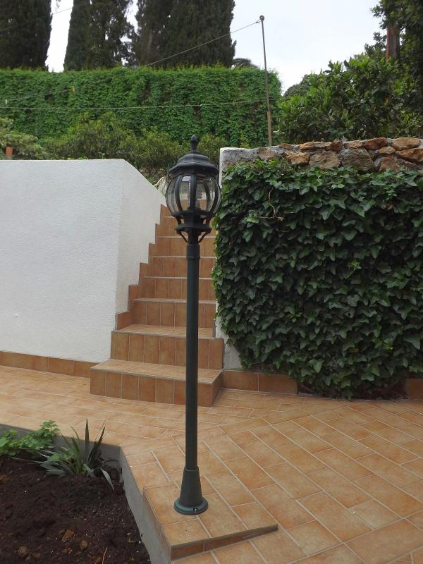 stairs to upper garden