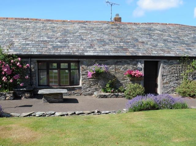 Pine Cottage, holiday rental in Boscastle