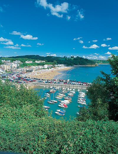 Saundersfoot harbour and beach