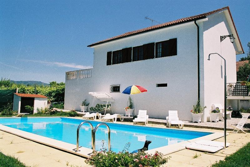 Photos of the house and Ponte de Lima 3km