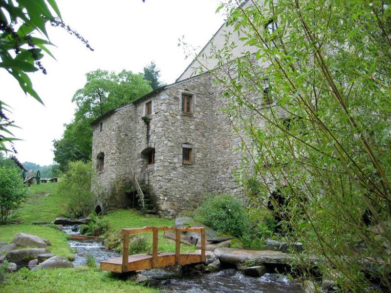 Face Est du Moulin de Record, Ferrières, Tarn, Midi-Pyrénées