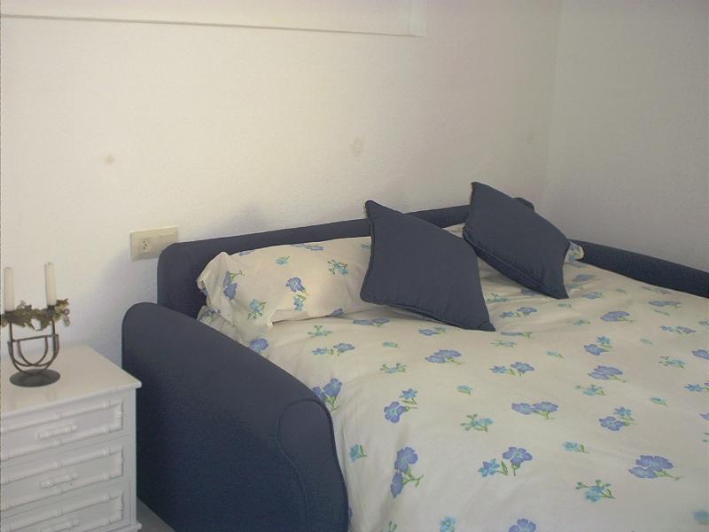 sofa cama en el salón