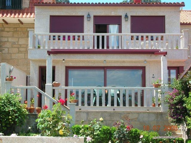 Casa de 130 m2 de 4 habitaciones en Samieira (Sant, holiday rental in O Covelo