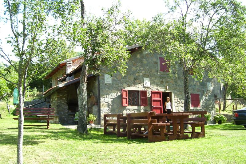 Vakantiehuis Casini di Corte... voor ontspannen vakantie in de natuurlijke Park van Orecchiella, Toscane.