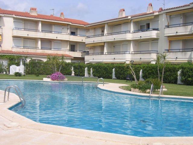 Apartamento de 2 habitaciones en L' Estartit, holiday rental in L'Estartit