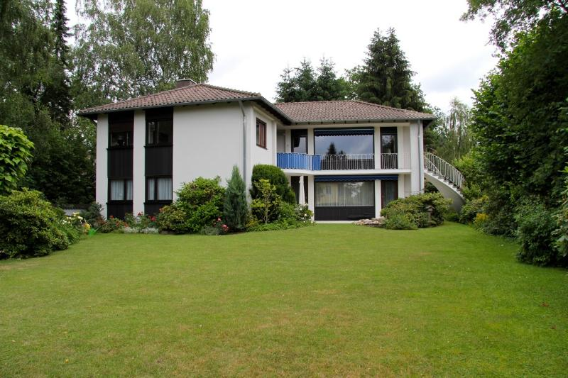 Premium Apartment 5 Rooms, vacation rental in Nuremberg